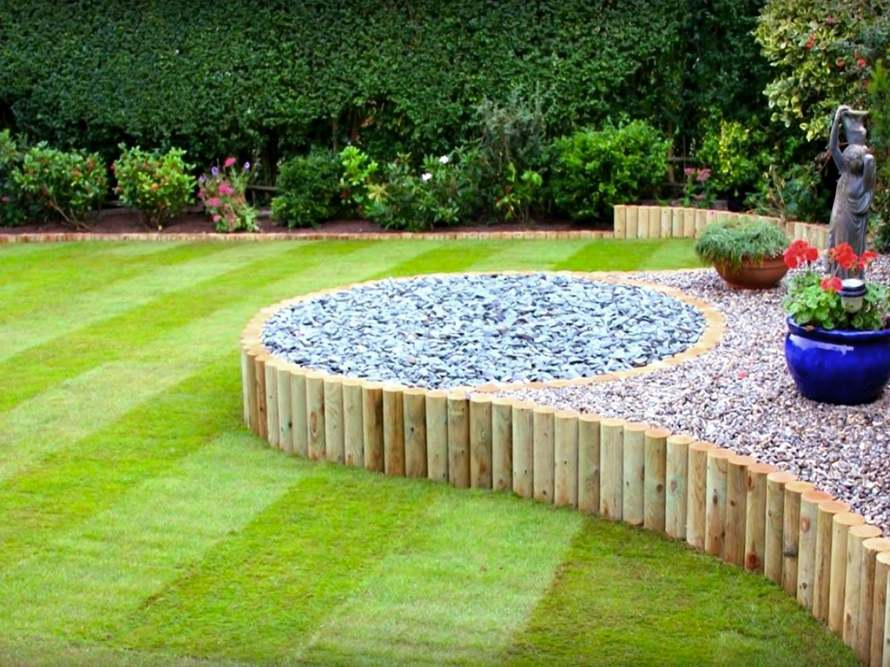 Raised Gardens and Planters 02